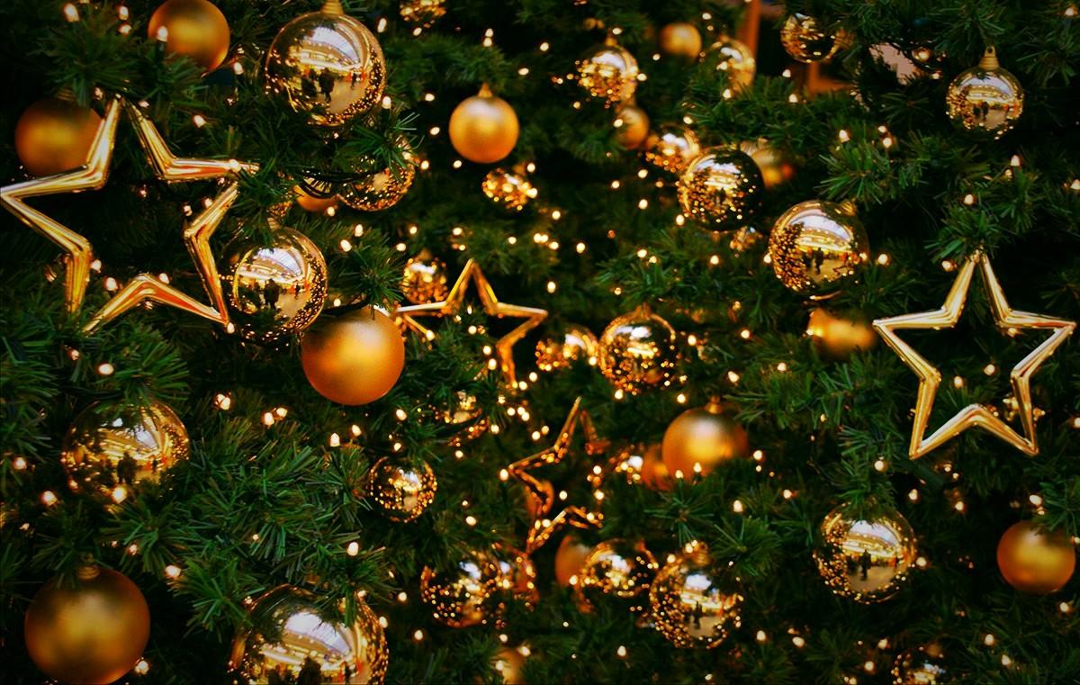 """""""ПроАгро Груп"""" вітає з Новим Роком та Різдвом Христовим!"""