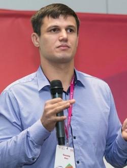 Олег Пивовар