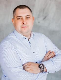 Олег Осіпенко