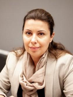 Олена Щербина