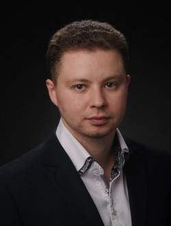Максим Тхоровский